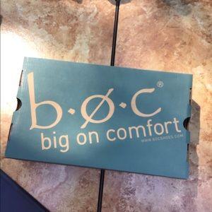 B.O.C Navy Sling Back Sandals